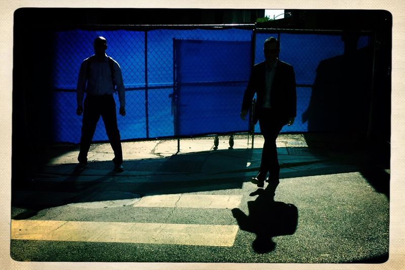 Blue man group. Chicago Shootermag Architecture Silhouette The Street Photographer - 2017 EyeEm Awards