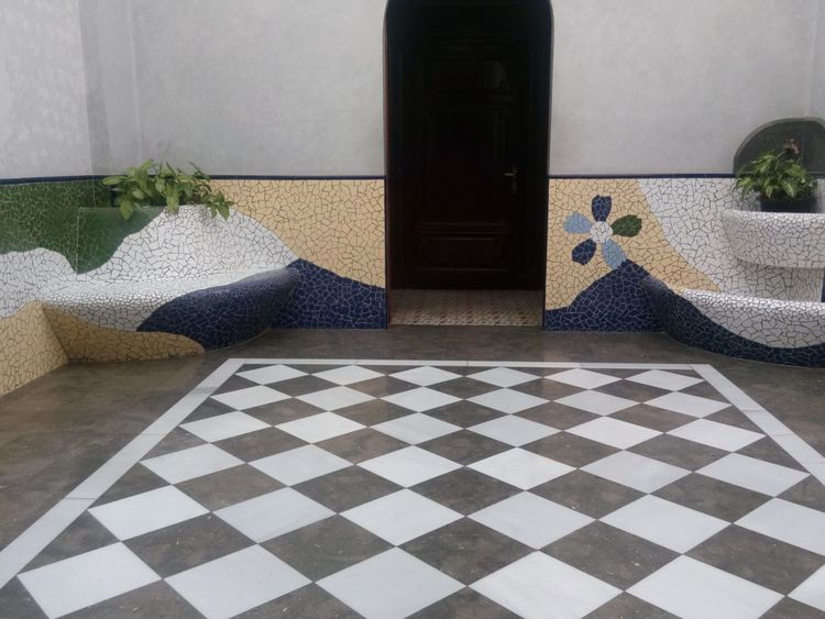 Indoors  Tiled Floor Flooring Close-up Checked Surface Level Tile Floor Full Frame No People Geometric Shape Eye4photography  Multicolored Eyem Gallery Barcelona, Spain HTC Desire EYE Hola Architecture_collection Dark Viaggiando