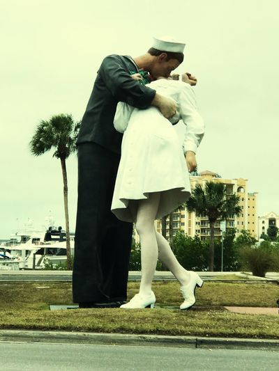 Young Women Young Men Two People Statue unconditional surrender