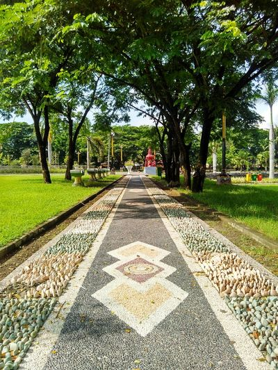 Agung Raya Mosque Of Central Lombok Lombok Indonesia Outdoors No People The Way Forward Architecture Fragility Blossom Freshness Stamen Green Color Leaf Beauty In Nature Garden