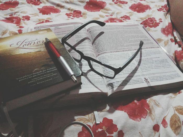 Biblestudy DeusNoComando Brilho Do Espirito Santo First Eyeem Photo