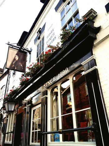 Building Exterior Architecture Outdoors Window British House Old Town Pub High Town Bridgnorth No People