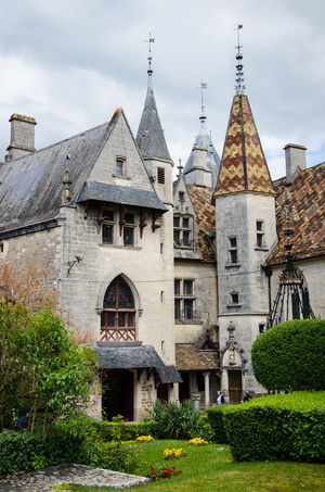 Architecture History Outdoors No People Travel Destinations Building Exterior Built Structure Day Sky City Castle Traditional Bourgogne Burgundy Roof Tower Elegant Garden Medieval Medieval Architecture