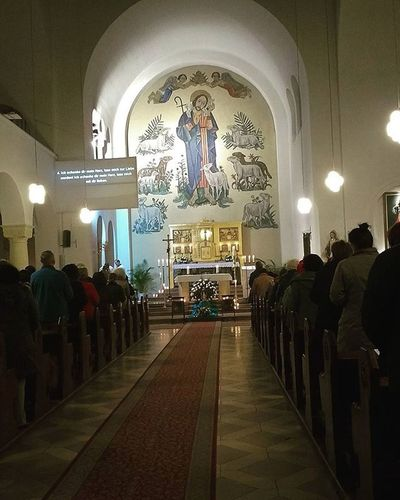 Come we worship and pray. St .Clements Kirche Church Catholic Pray Worship Altar Sacrifice Community Goodshepherd Berlin Comepraytogether Adoration24hrs