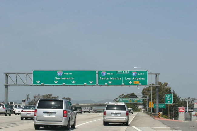 Interstate 405 Highway in Los Angeles Car Clear Sky Copy Space Day Highway Highway 405 Highway Photography Highwayphotography Highways And Byways Highways&Freeways I-405 Interstate 405 Land Vehicle Los Angeles, California Outdoors Real People Road Road Sign Sky South California Transportation