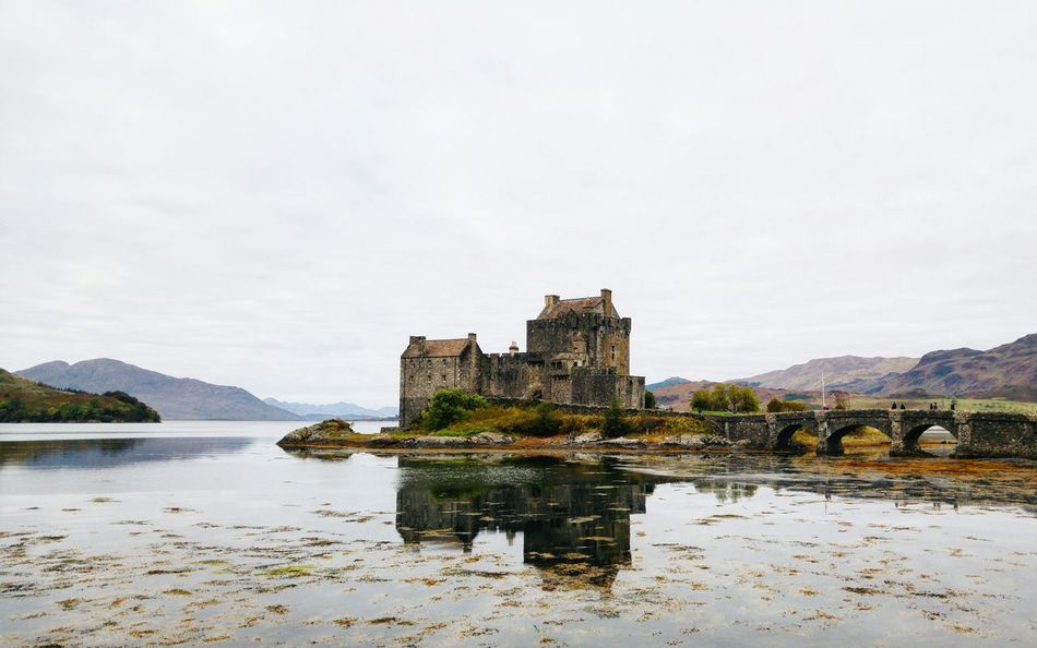 Gorgeous Eilean Donan Castle. Vscocam VisitScotland Scotland Lovegreatbritain Explore The World Life Of Adventure Wanderlust Countryside Castles