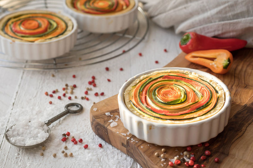 Autumn colors Baking Time Food And Drink Homemade SLICE Vegetarian Food Zucchini Baked Baking Carrot Close-up Colorful Delicious Delicious Food Fingerfood Food Food And Drink French Food Freshness Healthy Eating Hearty Food Indoors  Quiche Ready-to-eat Vegetable