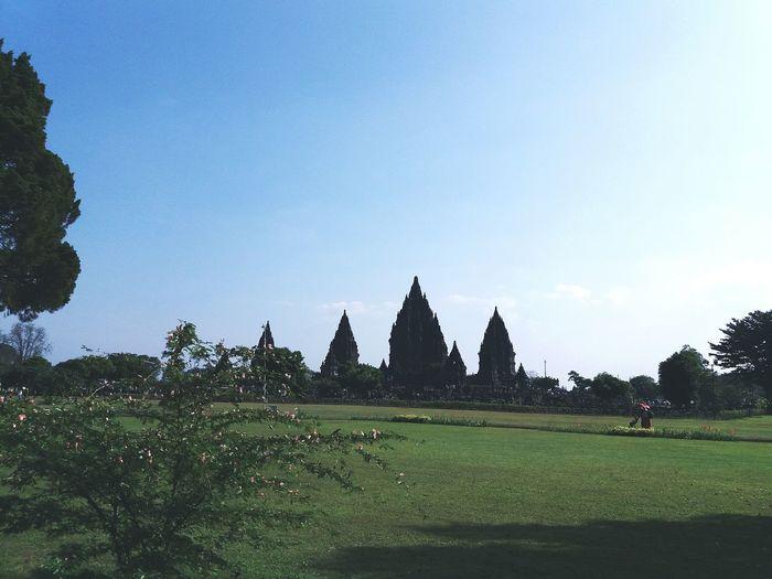 Tample Prambanan Temple, Yogyakarta Landscape History Day People Outdoors Beauty In Nature Nature Sky First Eyeem Photo EyeEm Nature Lover EyeEmNewHere EyeEm Best Shots - Nature follow #f4f #followme #TagsForLikes #TFLers #followforfollow #follow4follow #teamfollowback #followher followbackteam followh follow #f4f #followme #TagsForLikes #TFLers #followforfollow #follow4follow #teamfollowback #followher followbackteam followh follow #f4f #followme #TagsForLikes #TFLers #followforfollow #follow4follow #teamfollowback #followher followbackteam followh follow #f4f #followme #TagsForLikes #TFLers #followforfollow #follow4follow #teamfollowback #followher followbackteam followh Followbackteam