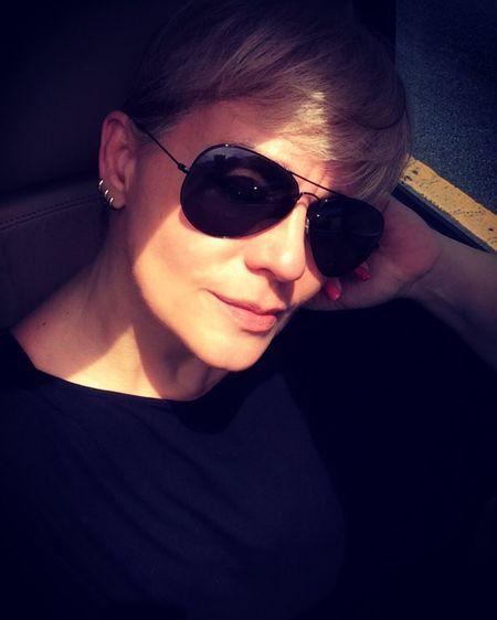 Sunny Sunday ErikaFaltin💫 Fotossíntese Komk EyeEm Sunglasses Koisas De Kinha Casual Clothing Human Face ByKinha