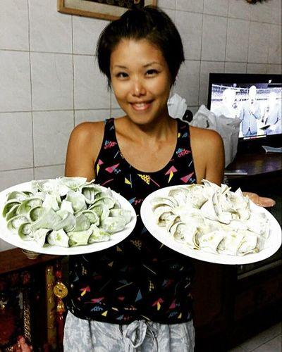 百隻雙式雲吞話咁易 😉 Wontons Cantonesefood Hongkongfood Homemade Homecooking Hobby 造好西 順便講句好鍾意自己曬黑咗的膚色 🌞 ☺