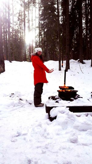 Cold Temperature One Person Warm Clothing Snowing Knit Hat Red Outdoors Tree Nature Beauty In Nature Hikingadventures Out Of The City Forest Wildlife Photography Wildlife & Nature Snow ❄ Winter Estonia Estonian Nature Bog Grilling Winter Grilling Winter Snow Full Length