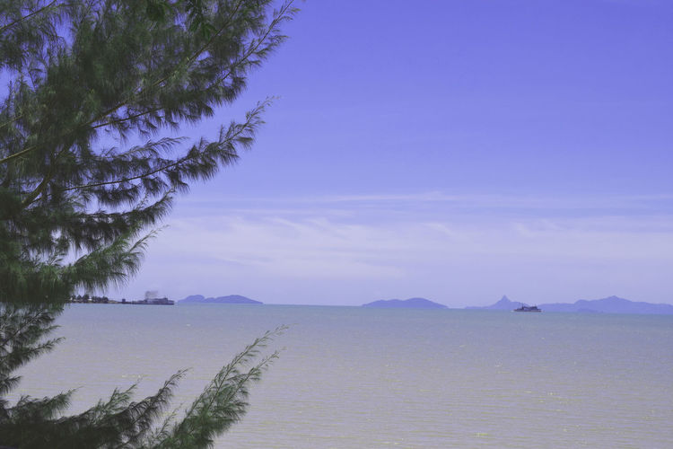 Boats⛵️ Holiday Nature Relaxing Sky And Clouds Thailand Tourist Trip Beach Blue Boat Holiday In Thailand Island Mountain Ocean Pinetrees Samui Sea Sea View Southern Southern Of Thailand Tours