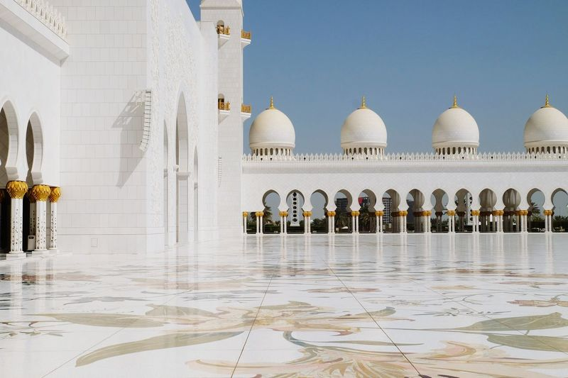 Sheikh Zayed Grand Mosque EyeEm Selects Religion Architecture Dome Travel Destinations Place Of Worship Built Structure Architectural Column