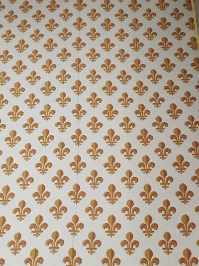 Fleur de lys 😍 Pattern Backgrounds Wallpaper Design No People Full Frame Textured  Paper Yellow Indoors  Close-up Day Architecture Paris Fleur De Lys Royalty