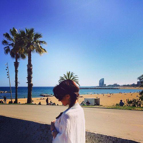 That's Me Taking Photos Enjoying Life Relaxing Enjoying The Sun Amazing Wiev Barcelona España Being A Beach Bum Getting A Tan Sea
