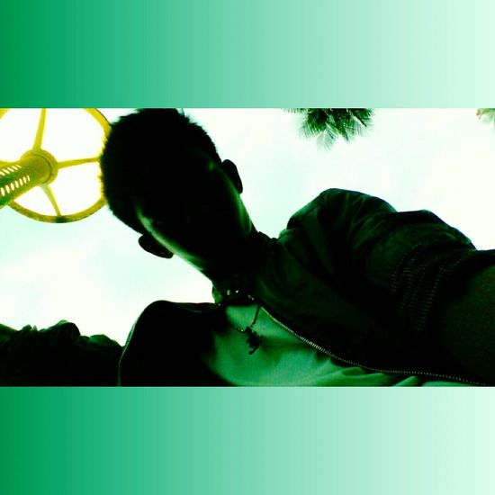 Hi! Taking Photos Relaxing Enjoying Life Check This Out Hello World Hanging Out Green Green Green!