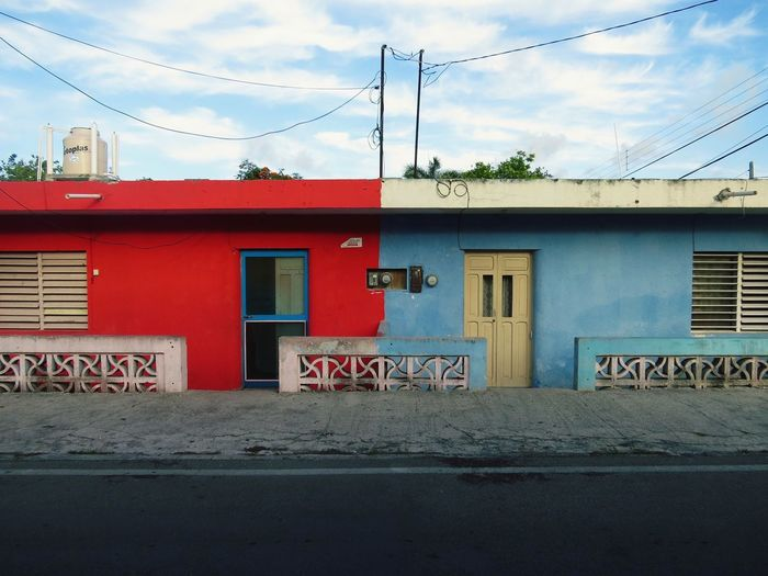 Colorful houses in Cozumel Photography Mexico Canon Cozumel Streetphotography Street Houses Colors Eyemphotography Canonphotography
