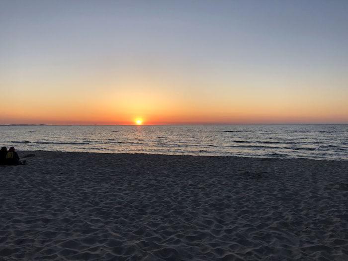 Himmel Meer Romantic Sonnenuntergang Strand Abendstimmung Am Meer Sonne Wellen Und Meer