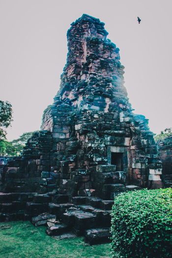 Ancient Ancient Architecture Ancient Ruins Architecture Beauty In Nature City Day Green Color Growth Nature No People Old Old Ruin Outdoors Plant Rock - Object Shadow Sky Sunlight The Architect - 2016 EyeEm Awards The Great Outdoors - 2016 EyeEm Awards The Great Outdoors With Adobe The Past Tourism Travel Destinations