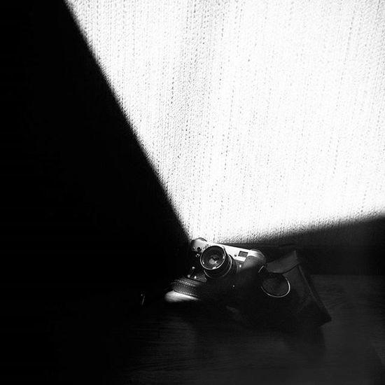 авторскиеоткрытки фотики фотоаппарат светотень минимализм Minimalism Bnw_captures Bnw_dark Bnw_life Bnwfoto