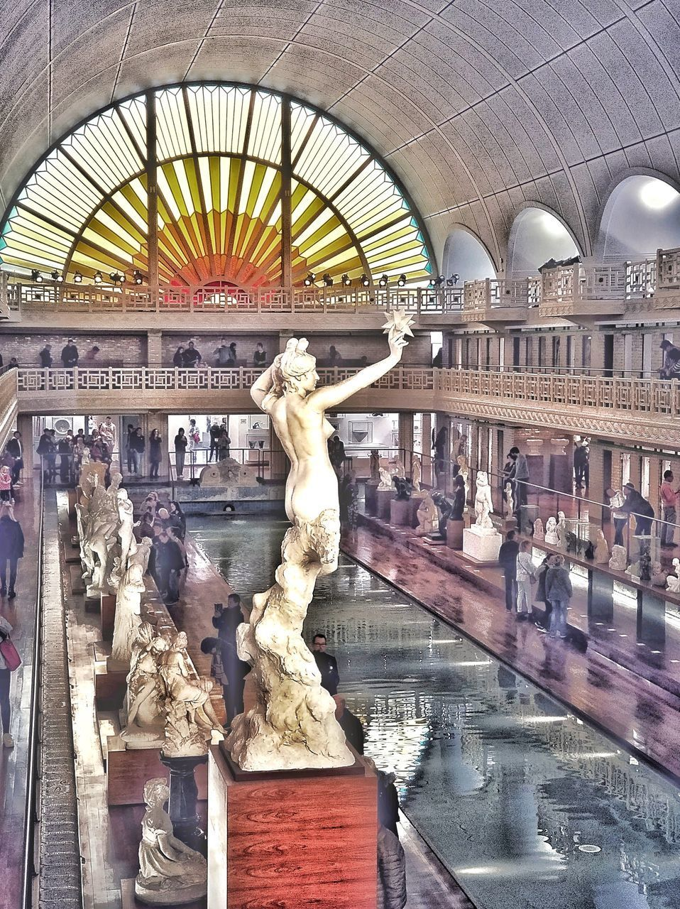 representation, sculpture, statue, human representation, architecture, art and craft, built structure, male likeness, travel destinations, water, city, travel, no people, creativity, building exterior, tourism, arch, outdoors