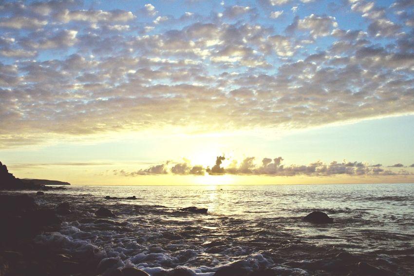 Open Edit Goodmorning Sunrise Beautiful Nature Sun Enjoying The View The Calmness Within Clouds Sea