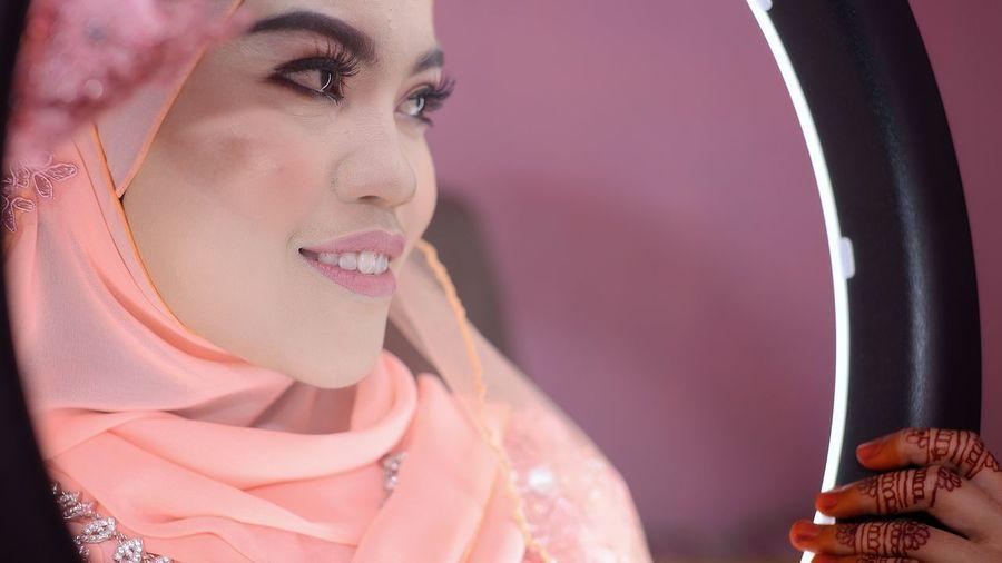 EyeEm Selects Young Women Beautiful Woman Beauty Women Headshot Fashion Females Close-up