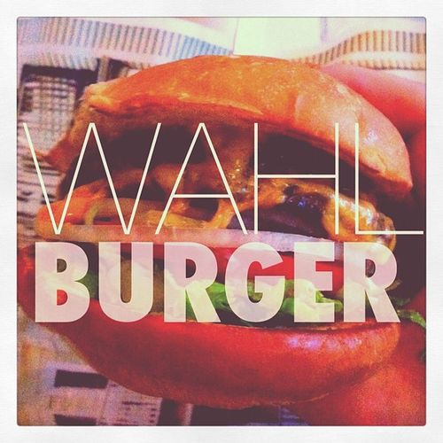 The #wahlberg #family opened up a #burger #joint by #boston #massachusetts! #awesome #burgers! #restaurant #markwahlberg #MA #eat #food #patty #sayhitoyourmotherforme Má 10likes Joint Patty Massachusetts Sayhitoyourmotherforme Wahlberg Markwahlberg Burgers Food Family Burger Awesome Eat Restaurant Boston