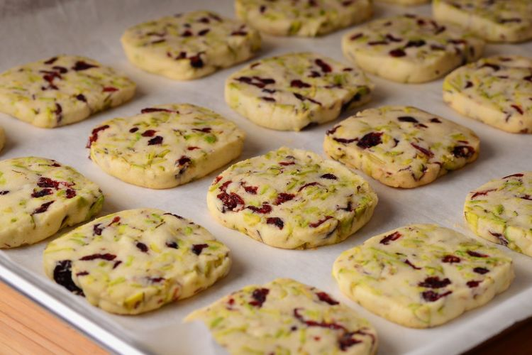 Shortbread Cookies Pistachio Dried Cranberries Baking Tray Baking Sheet Parchment Paper Food Food And Drink Freshness Indoors  Still Life Indulgence Close-up Sweet Food Baked High Angle View Ready-to-eat Sweet Cookie Selective Focus Full Frame