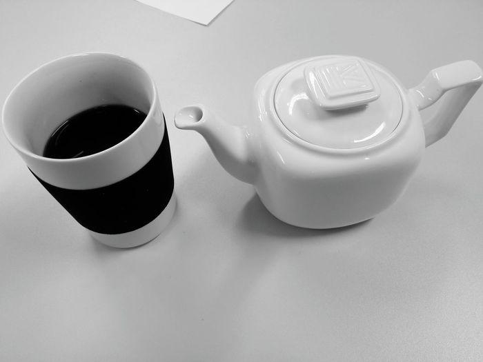 Zum Aufwärmen erstmal en Tee Blackandwhite