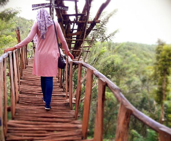 whereever you go you will encounter obstacles.. Adapted To The City People First Eyeem Photo Beauty Adventure Taking Photos Outdoors Vacations Women Alone Beauty In Nature Full Length Mangunan Nature Landscapes Yogyakarta,indonesia