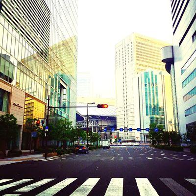 大阪の駅前