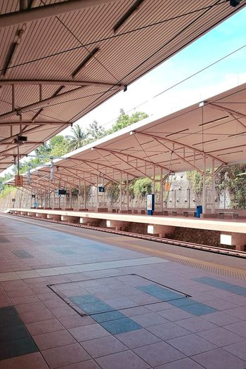 Senawang Station Huawei HuaweiP9 Trainstation Senawang Malaysia Architecture Built Structure
