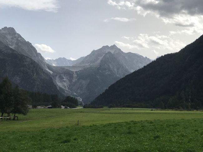 Bergell  Graubünden Schweiz Stausee Switzerland