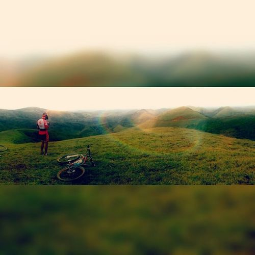 En ocasiones así me dan ganas de volverme Fotografo 👌Ciclismo Nicaraguamtb MTB Moutainbike Mountainbiking Tortugasmtb Instabike Instanica Instamtb @orbeabicycles
