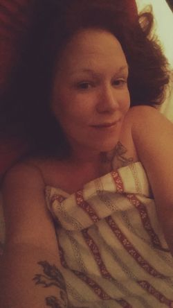 Ok... just me... no makeup.. just natural me saying goodnight ... after a long warm shower ... :) Woman Nomakeupselfie Selfie Natural Beauty Nighttime Feeling Thankful Time For Bed A Real Woman Soft Curves