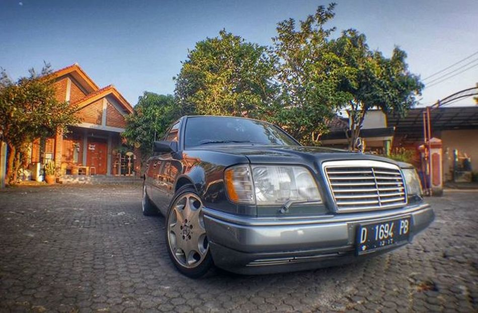 Mercedesbenz W124owner W124 W124bandung W124gram W124fanatic Mercedes Sportline Instacars Own_acc Car Carporn Mbcar Iphonesia Instasunda Insta_kaskus Ic_wheels Instago Photo_storia Fotonesia Ig_indonesia Instagood Euroclassownergroup