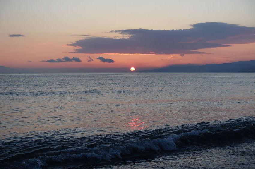 Günbatımı 🌅 Sonnenuntergang Turkey Beach Beauty In Nature Cloud - Sky Day Horizon Over Water Idyllic Nature No People Outdoors Scenics Sea Sky Sun Sunset Tranquil Scene Tranquility Water Waterfront