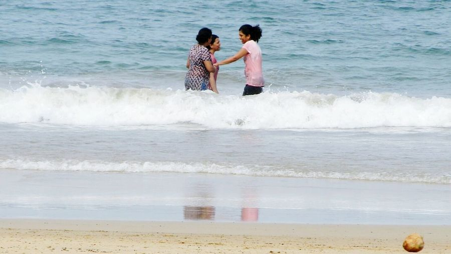 People Of The Oceans Friendship Happiness Love For Water Laughter Goa Waves