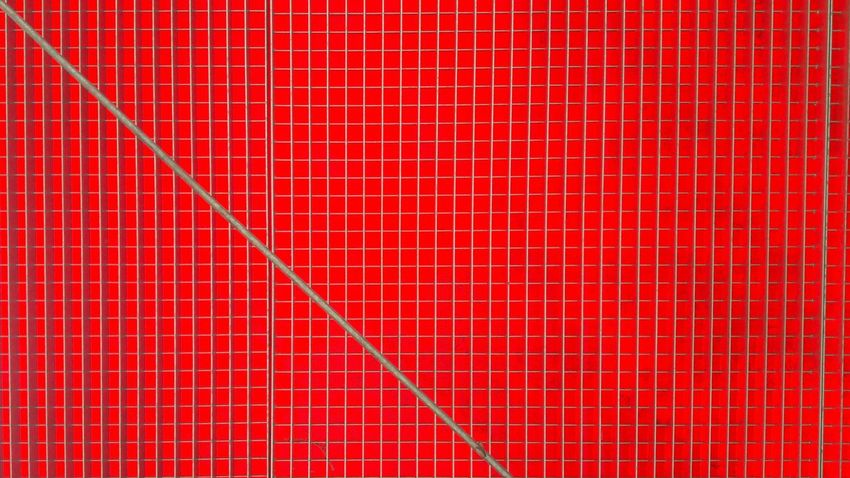Noch eins im Garten gefunden.. Pattern Metal Structure Full Frame Textured  Built Structure Backgrounds Close-up Red Lattice Variation Lattice Pattern Lattice Architecture Minimal No People Architectural Detail Metal Art