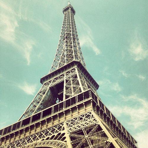 Paris Bluesky Eifel Eifeltour eifeltower tower france sky cloud awesome frankreich thisisthelongestinstagramtaguhaveeverseen