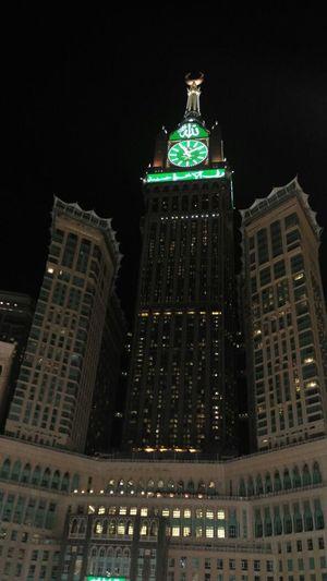 Makkah Clock Tower Makkah Al Mukaramah Makkah Makkah Tower Clock Tower Night Architecture Illuminated Building Exterior Cityscape