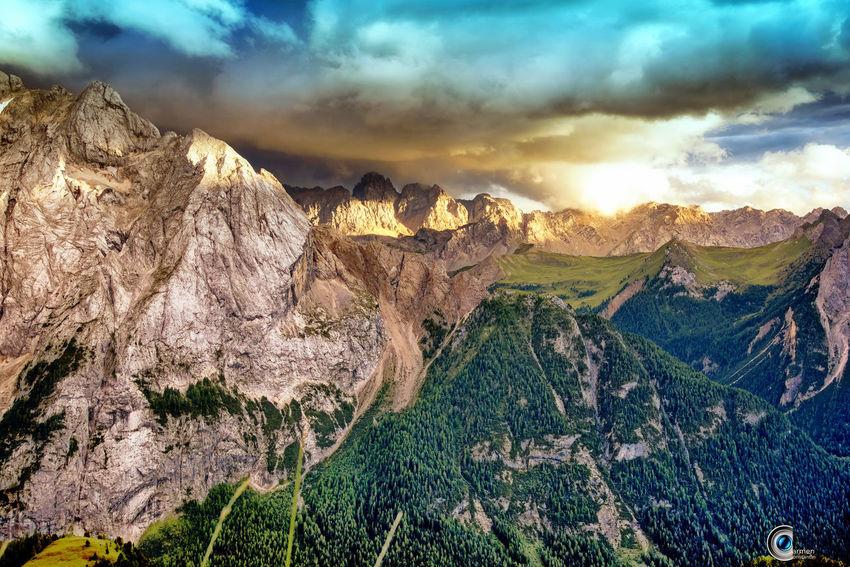 Dolomites Dolomiti Italy Light So Beauty In Nature Beauty In Nature Cloud - Sky Dolomites South Tyrol Südtirol Environment Formation Idyllic Italy❤️ Landscape Mountain Mountain Peak Mountain Range Nature Non-urban Scene Outdoors Scenics Scenics - Nature Sky Summer Sunrise Tranquil Scene Tranquility
