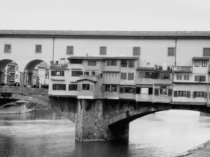 Florence Italy Ponde Vecchio Bridge Old City Building Medival Old Shops Medival City Romantic Europe Trip Bridge Structure Architecture