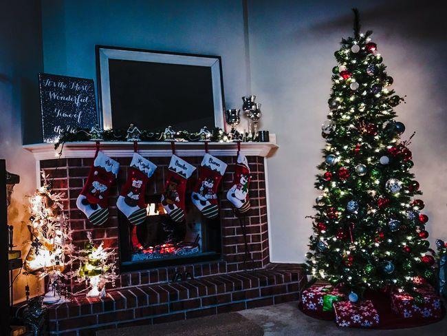 Country Christmas Texas Christmas Christmas Tree Christmas Decoration Cozy Christmas Joy Peaceful Inviting Loving Joyful Fireplace Warmth Joy Peace