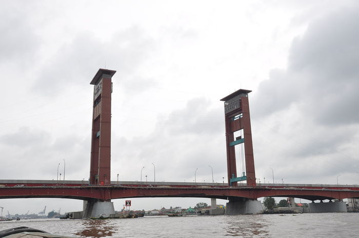 ampera bridge Palembang INDONESIA Bridge Ampera EyeEm Selects Bridge - Man Made Structure Built Structure Business Finance And Industry Sky Travel Destinations Architecture Cloud - Sky