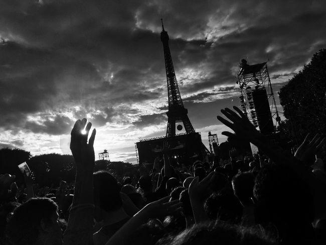 Hello World Enjoying Life Check This Out Black & White Live Music Euro 2016
