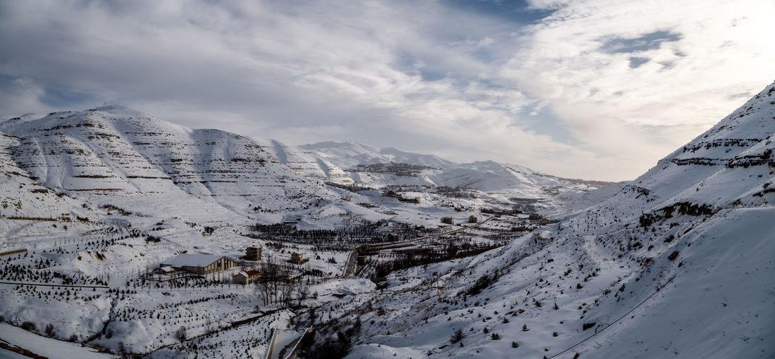 Snow Mountains Dam