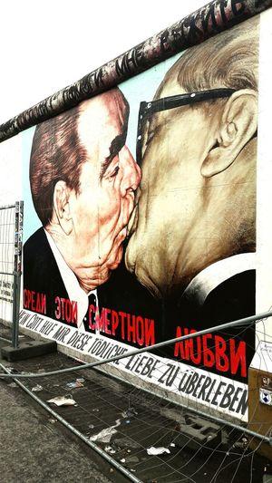 Muro di Berlino🌍 Photography Photo Muro Di Berlino Berlin Berlin Photography Berlin, Germany  Murodeberlin Photographic Memory