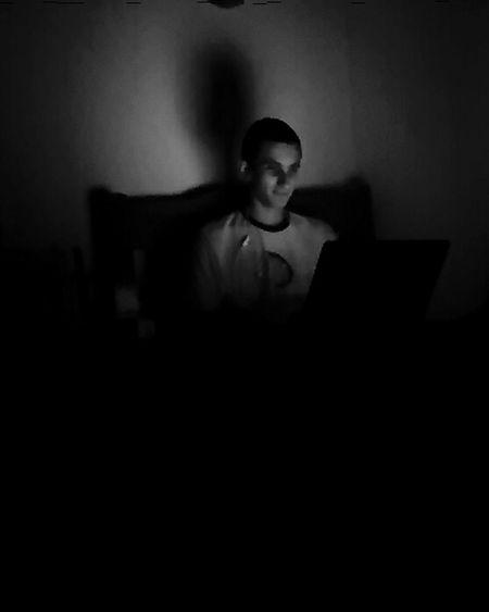Darkness And Light B&w Photography Monochrome Nigthpicture Eyemphotography EyeEm Best Shots Brazil